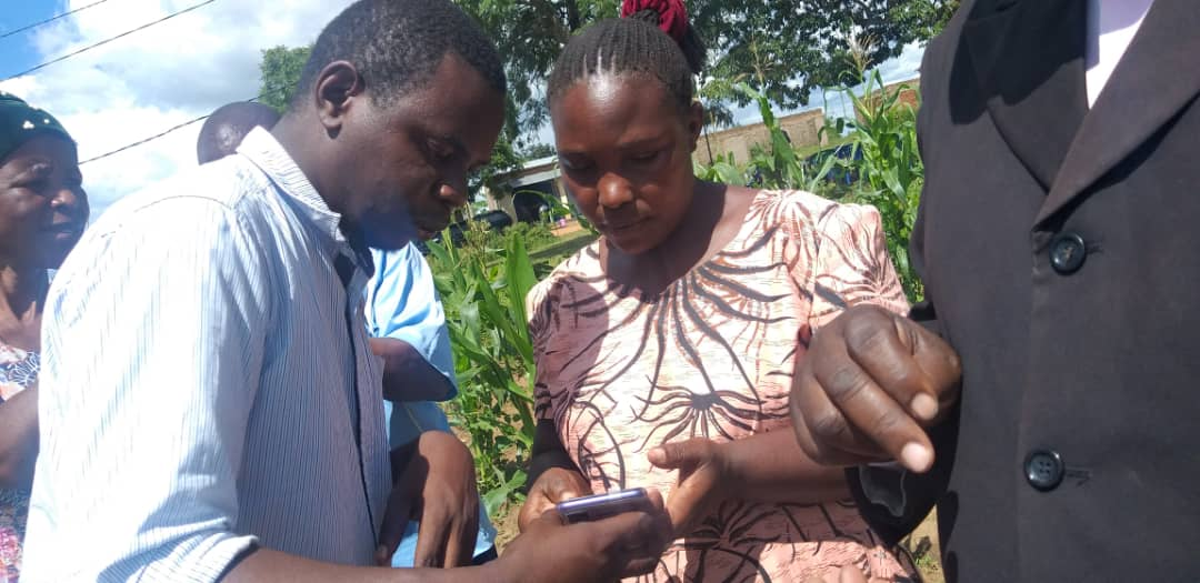 Mapping training using smartphones in Tanzania